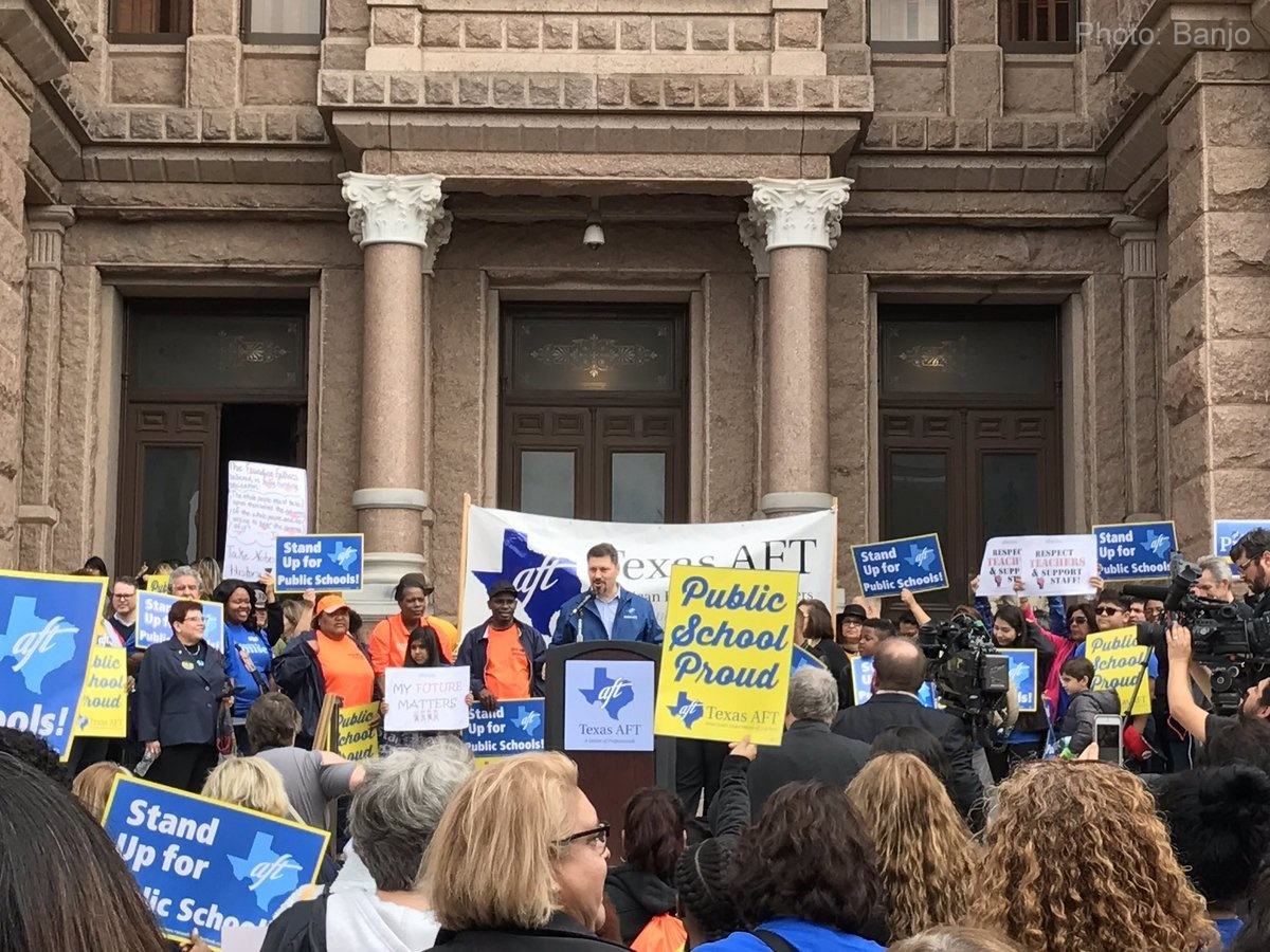 Public schools oppose voucher programs in Austin