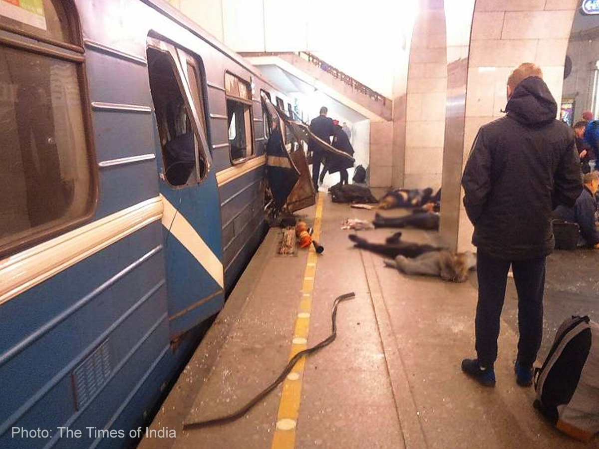 St. Petersburg metro blast kills 10 people