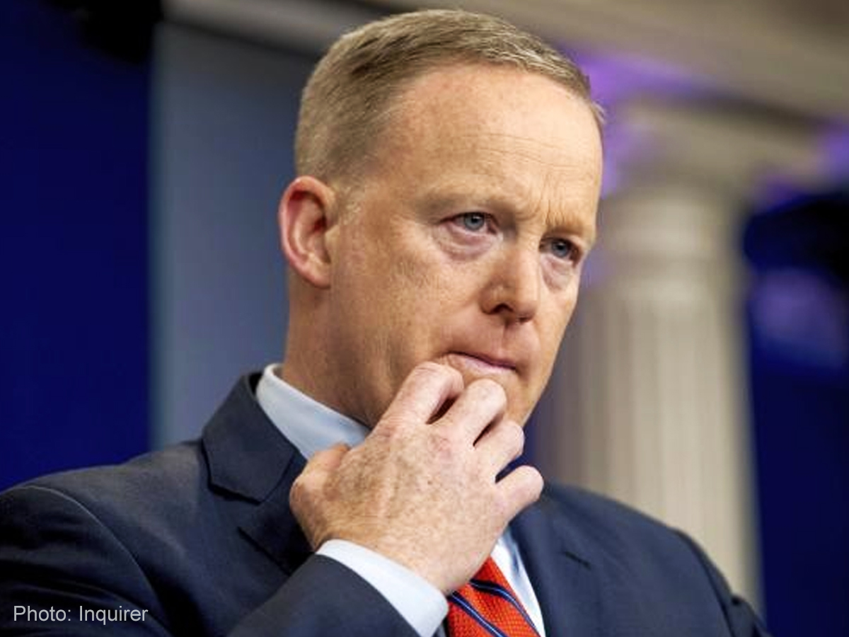 Spicer apologizes again for 'letting the President down'