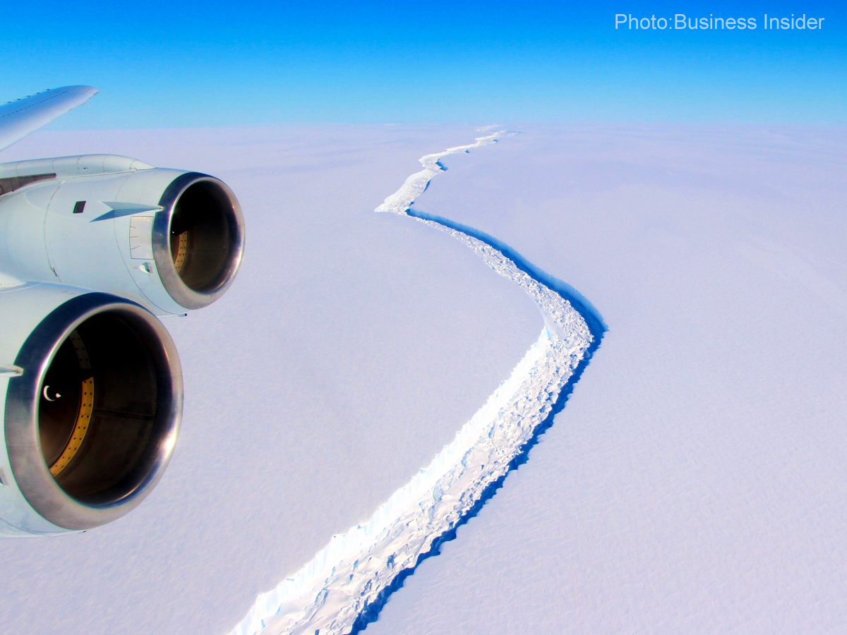 Trillion-ton iceberg shifts away from Antarctica