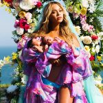 Beyoncé posts first photo of twins Sir and Rumi