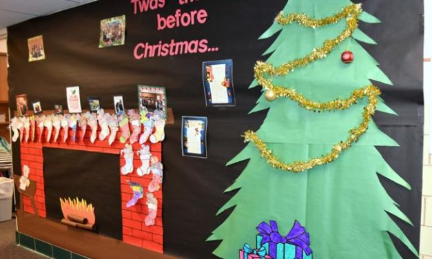 Elementary Principal Placed on Leave After Telling Teachers Not to Celebrate Christmas in Classroom
