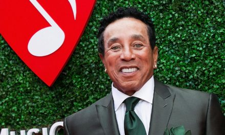 "SMOKEY ROBINSON TO MAKE SPECIAL APPEARANCE AT ""ARETHA! A GRAMMY® CELEBRATION FOR THE QUEEN OF SOUL"""
